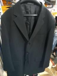 Terno borelli com a calça número 52 usado e bem conservado.
