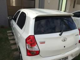 Toyota Etios Hacth 2017 - 2017