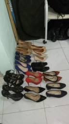 Vendo sandálias. usadas