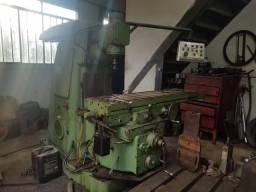 Máquina Fresadora completa