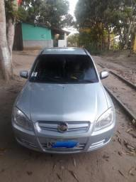 Vendo Celta 2009, Com ar, trava e som - 2009