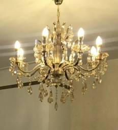 Lustre grande Dourado com lâmpadas LED