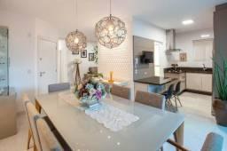 Apartamento mobiliado, com terraço de 120 m², 03 suítes e 02 vagas em Meia Praia
