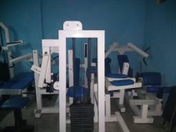 Vendo maquinário de musculação