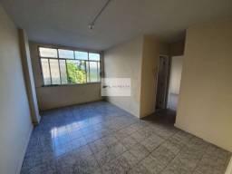 Apartamento 2 Quartos C/ Garagem com Dependência - Av. Sete Setembro