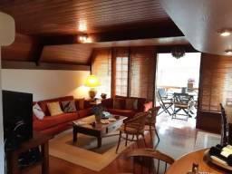 Chalé em Itaipava - Pronto para morar - Condomínio Fechado