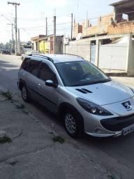 Vendo carro PEUGEOT 2009 SW 1.6 ESCAPADE