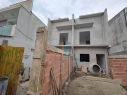 Sobrado com dois quartos amplos no Sítio Cercado prox. a Rua São Jose dos Pinhas