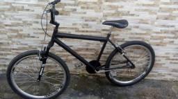 Bike montada!!!!! 2 meses de uso, aceito troca.