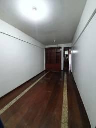 Apartamento 3 quartos e 2 Garagens, na Conselheiro Furtado,  esquina com a Generalissimo.