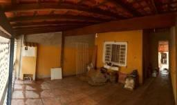Aluga-se linda casa em SJC