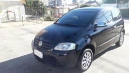 VW Fox 1.0 2008 Preto Completo, Excelente Estado com Pneus Novos