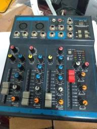 Troco mesa de som em teclado