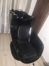 cadeira de salão e lavatório