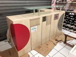 Balcão caixa de loja em madeira MDF semi novo