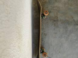 Skate semi-novo FoxClub