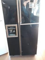 Vendo uma geladeira LADY KENMORE 26 R$400
