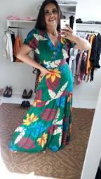 Lindo vestido floral  novo.