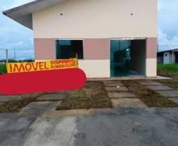 Casa no Nova Amazonas (Km 08) toda no Blindex com 3 Qts Suite
