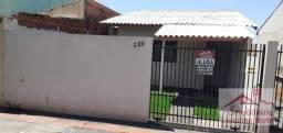 Casa com 3 dormitórios para alugar, 45 m² por R$ 780,00/mês - Residencial Vila Romana - Lo
