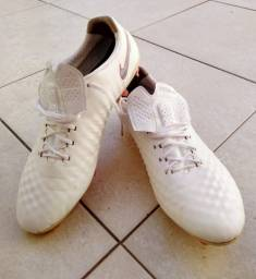 Chuteira Nike Trava Mista N43