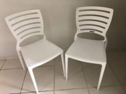 Cadeira plástica Tramontina Sofia