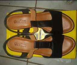 Sandálias, número 39. $ 80,00 qualquer uma. Falar com Eliza: *.