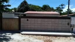 Casa em Mangabeira c/ piscina 3/4