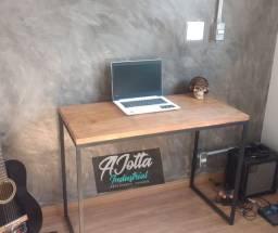 Escrivaninha industrial com Madeira maciça