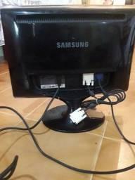 Munitor Samsung 24`