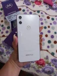 Vendo Motorola One impecável