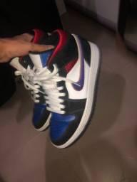 Tênis Nike jordan 1 mid top 3
