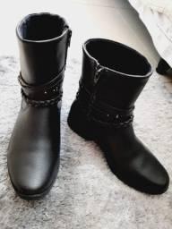 Sapato modelo all- star e bota couro pampilli estado de novos