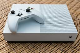Xbox one S com jogos ( troco por ps4)