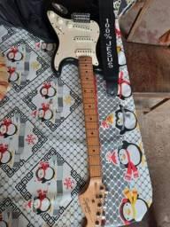 Guitarra Squier Fender .