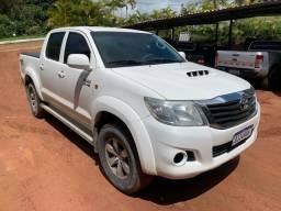 Hilux SR 4x4 Diesel 2014