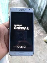 Samsung Galaxy J7 semi novo (todo original)