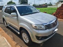 Toyota Hilux SW4 Flex 2.7 Automática 2013 Baixa Km