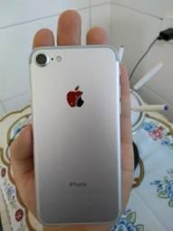 IPhone 7 - Muito Novo
