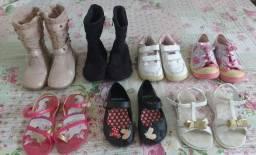 Lotinho de calçados infantis