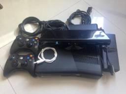 Xbox 360 Desbloqueado + 2 controles+ kinect + jogos