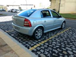 Chevrolet Astra 2.0 - 2011