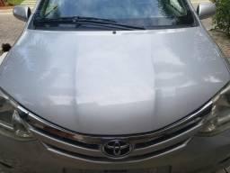 Toyota Etios 1.5 XLS 2013 - Completo - 2013