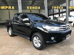 Toyota - Hilux Sr 4x4 - AUT! - 2017