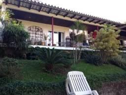 Ótima Casa 4 quartos , sendo 3 suítes - no Retiro em Petrópolis -RJ