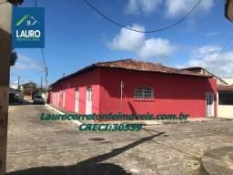 Casa com 4 qtos na região central de Alcobaça-BA