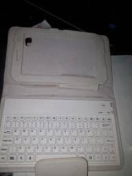 Capa para tablet cm teclado funciona via cabo