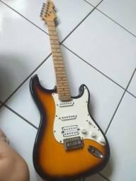 Guitarra Michael em otimo estado