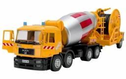 Miniatura caminhão man com reboque 1:40