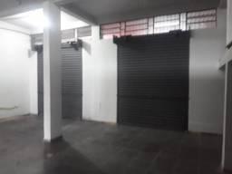 DI: 826 - Loja no Aterrado - Volta Redonda/RJ/D'Amar Imoveis/Aluguel